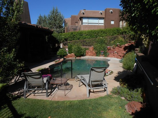 Adobe Grand Villas: Pool is perfect after a vortex hike!