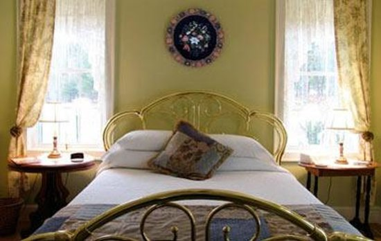 Parker's Bed and Breakfast and Sugar House: bedroom