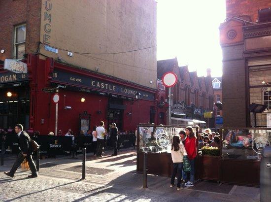 a destra l'area del Gourmet Burger Kitchen