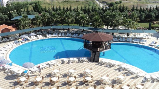 Side West Resort: Het zwembad