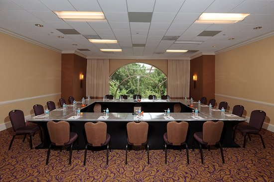 Hilton Charlotte Center City: raves Meeting Room