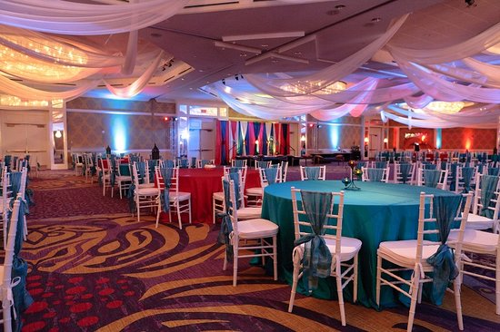 Hilton Charlotte Center City: Ethnic Wedding Venue