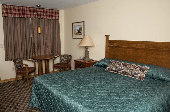 Top Notch Inn: Newly renovated in 2013, Deluxe King