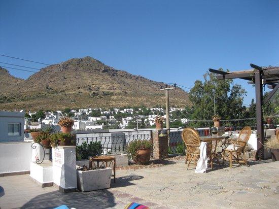 Sunny Garden Nilufer Hotel: The Bar Area