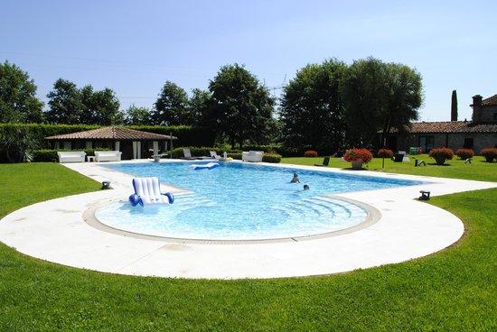 Agriturismo La Casa di Rodo: Pool