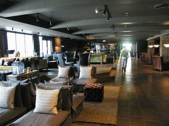 Highland Lodge: Hall salon