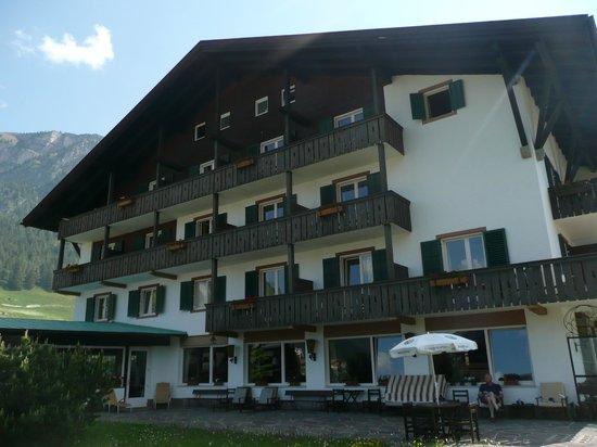 Hotel Malleier : Malleier side view