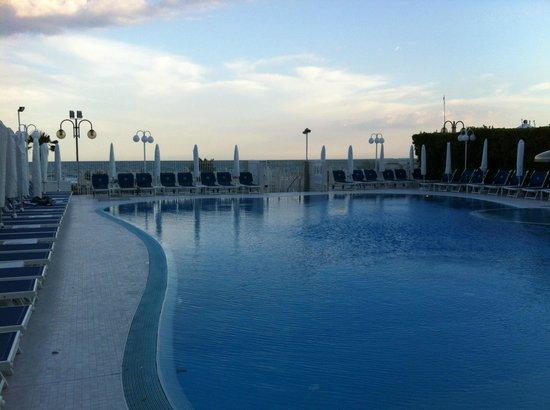 Hotel Cambridge: Pool