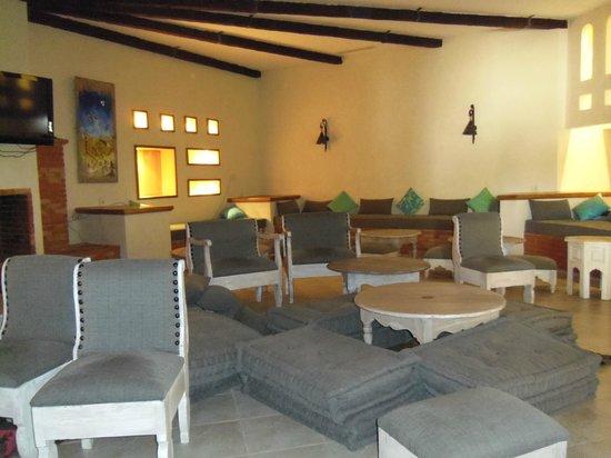 Vincci Resort Djerba : un des salon de l'hôtel