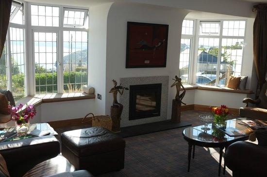 Beachcroft Coastal Retreat : Sitting Room