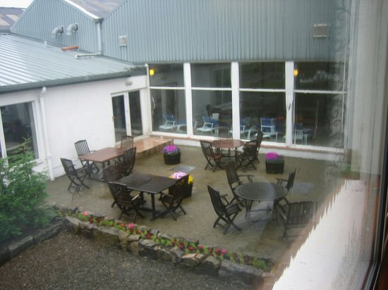 Bowfield Hotel & Country Club: view of the pool house and tea gardern