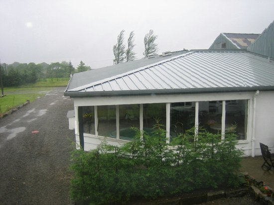 Bowfield Hotel & Country Club: ground at the side of the pool house