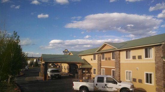 Days Inn & Suites Gunnison : Exterior