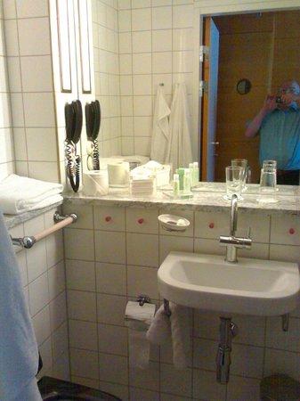 Hotel Rival: Small but splendid en-suite