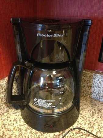 Residence Inn Florence : Full size coffee pot :)