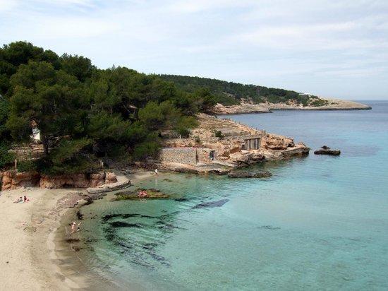 Es Grop Apartments: Vista sulla spiaggia sottostante