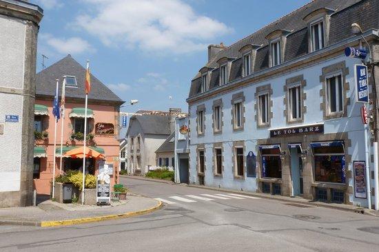 Hotel Restaurant Les Voyageurs  Ef Bf Bd Ploneour Lanvern