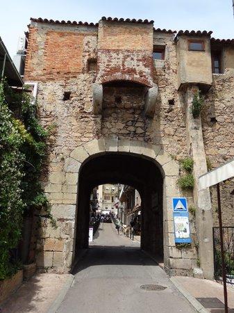 A Furana : Porte Génoise