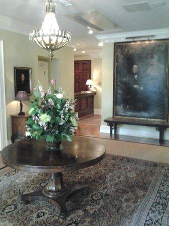 Planters Inn: foyer