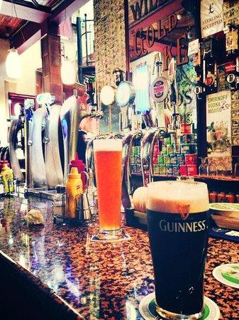 Tp Smiths: il bancone del bar, spettacolo!