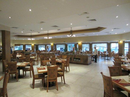 smartline Ras Al Khaimah Beach Resort: Im Restautrant