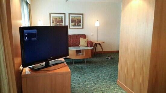 Courtyard Chennai: Executive premium Rooms