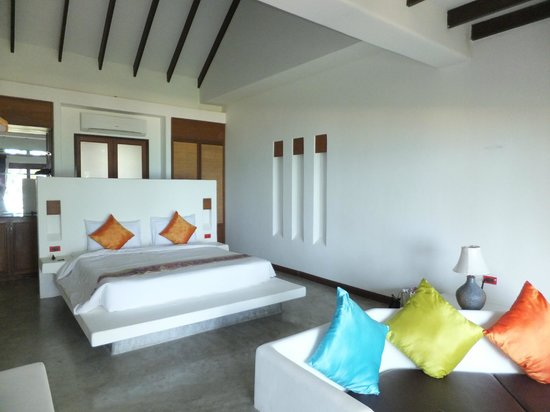 Anda Lay Boutique Resort: Large Bedroom