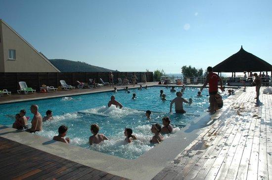 Villaggio degli Olivi : la piscina