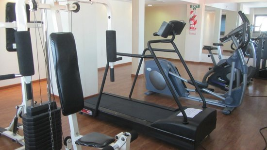 Argenta Tower Hotel and Suites: Gym