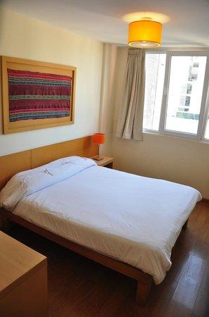 Circus Hostel & Hotel: Circus hostel&hotel  habitacion Doble