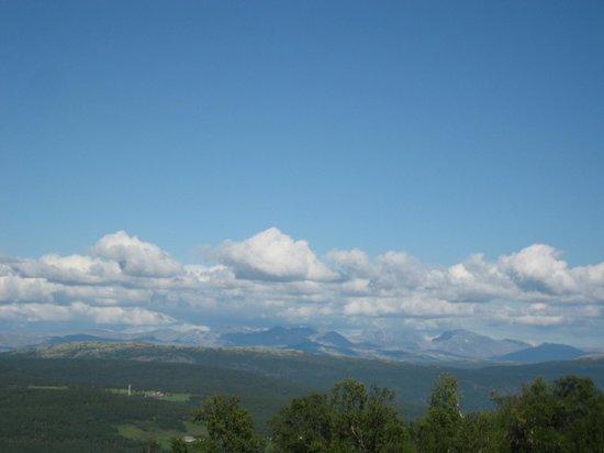 Jotunheimen Feriesenter: View of Rondane mountains from Rindhovda