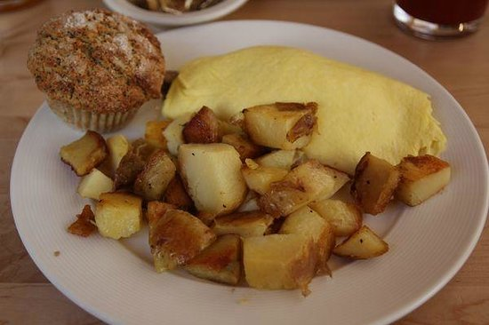 Mushroom and cheddar omelette with potatoes and muffin - Picture of ...