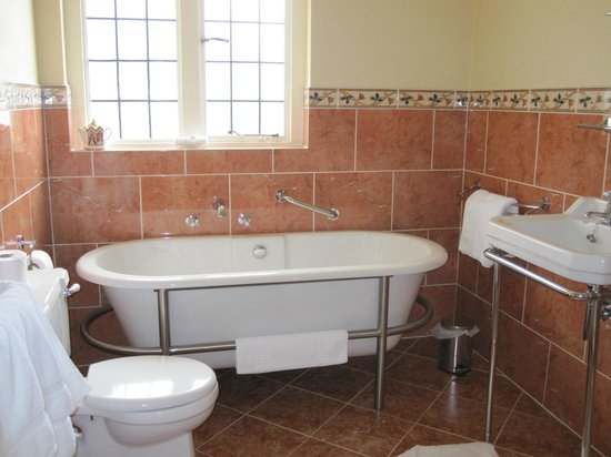 Rainworth Guest House : Private Bathroom