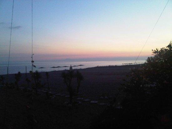 Safak Beach Motel: Nefis gün batımı...