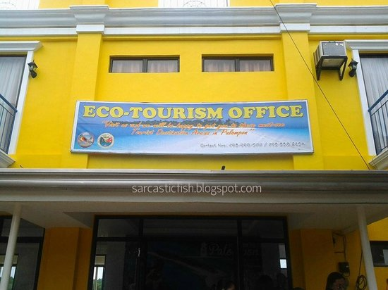 Malapascua Island, Filipina: Palompon Eco-Tourism Office