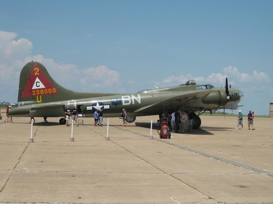 "Lone Star Flight Museum: B-17 ""Thunderbird"""