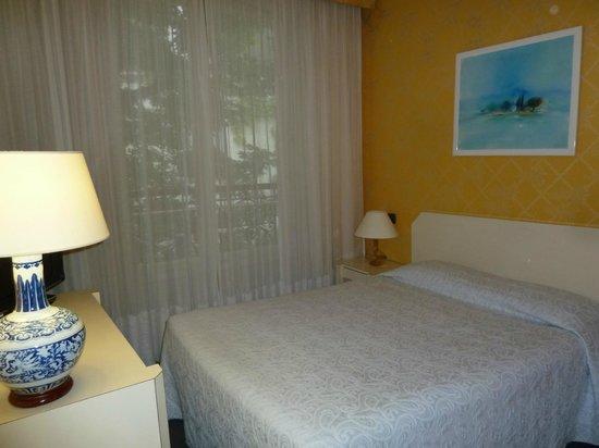 Hotel Beausejour Ranelagh : 1ère chambre