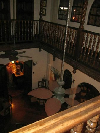 Hostel Casa Colon: This is a picture taken from the second floor