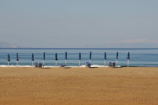 Psili Ammos Studios: The beatifull beach