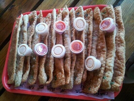 La Casa de Los Pastelillos : pollo, pulpo, jueyes, camarones, 7 potencias, mofongo carne frita, chapin