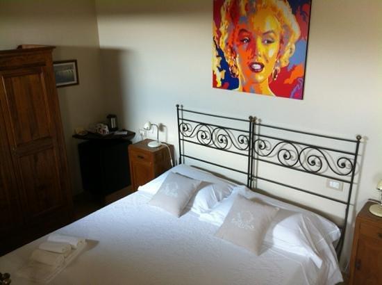 Massoni Bed & Breakfast Photo
