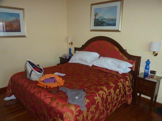 Hotel Villa Diodoro : Literie