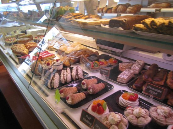 Walsh's Bakery and Coffee Shop : Decisions, Decisions...