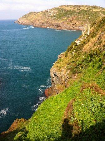 Cliffside Luxury Inn: On the edge of the cliffs