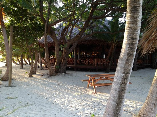 Leleuvia Island Resort: Restaurant/bar area