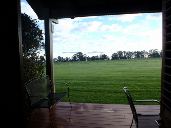 Spicers Peak Lodge: View from the suite patio