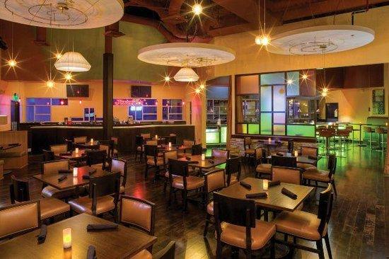The Lift Bar & Grill at Jupiter Bowl - Park City, Utah  - www.jupiterbowl.com