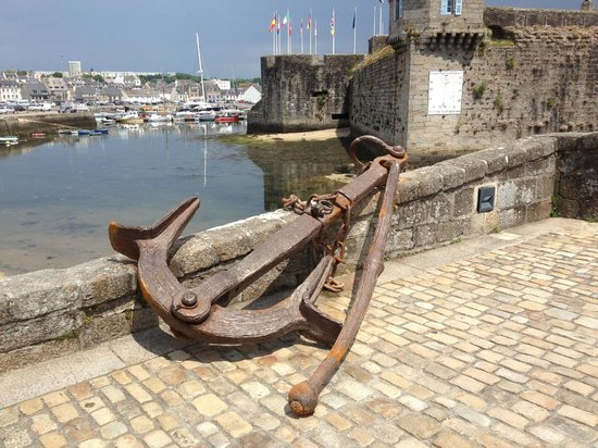Yelloh Village Port de Plaisance : Concarneau old town