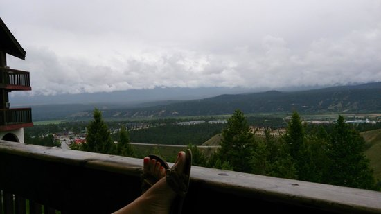 Rocky Mountain Springs Lodge and Restaurant: The spectacular view from the rooms.
