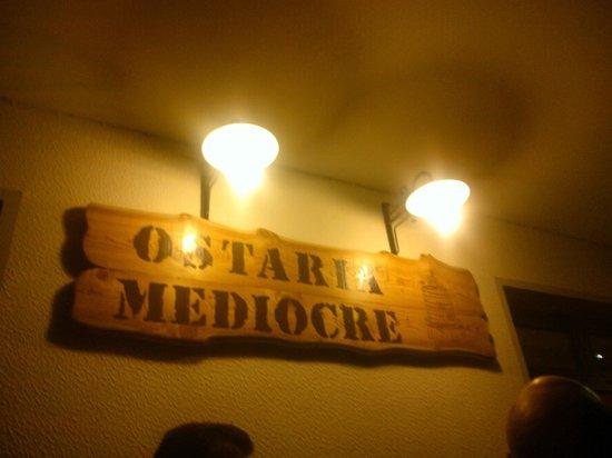 Carbonera, Itália: Insegna dell'Ostaria Mediocre